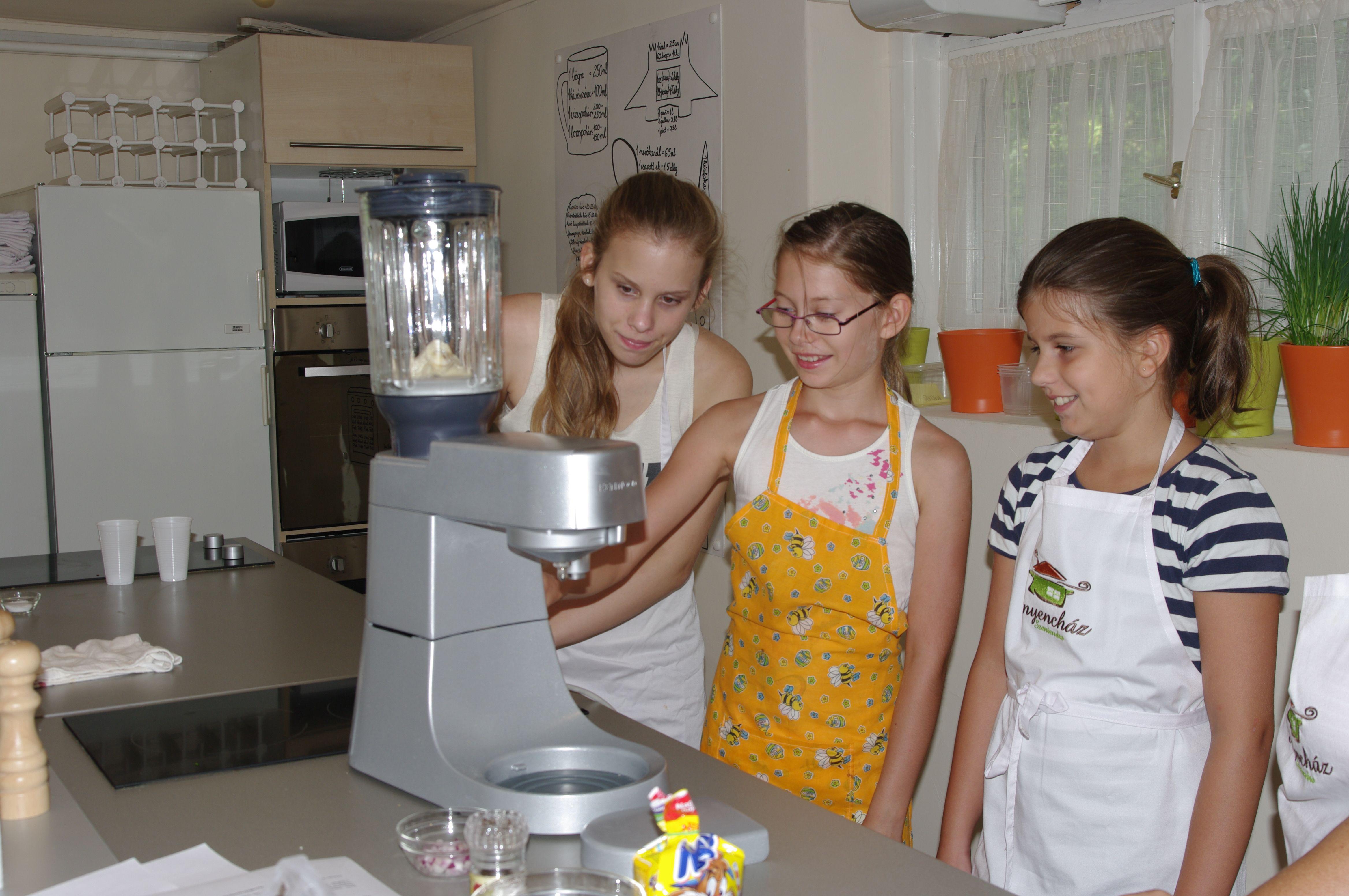 Fantasztikus gyermek főzőtáborok után újra izgalmas gasztro-kurzusok az Ínyencházban